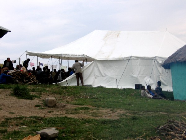 Tent from theside