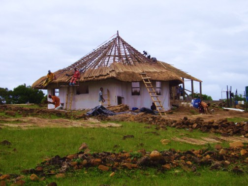 Thatching the Grade R classroom