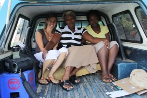 Here's us packed in to the back of the bakkie, preparing for a long and bumpy drive....